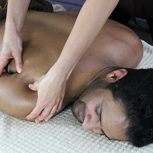 painful shoulder massage with citylux massage in london copy_500